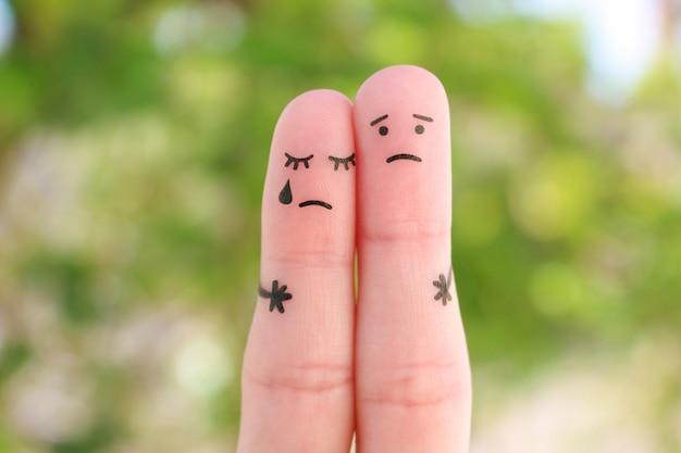 Arte delle dita di una coppia dispiaciuta. concetto di soluzione ai problemi della famiglia, supporto in situazioni difficili.