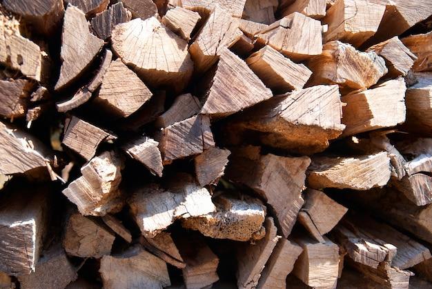 La pila di legna da ardere può essere utilizzata per lo sfondo