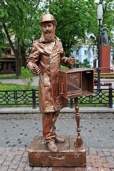 Primo festival di statue viventi statua di mr showtime living