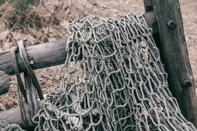 Pesca vecchia rete, trama rete da pesca di gente di pescatori, tessuta con corda di nylon.