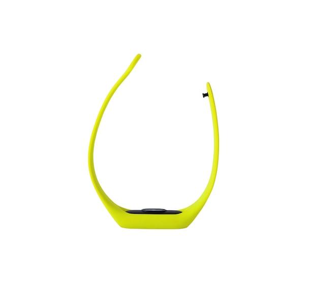 Inseguitore di fitness isolato. vista laterale del braccialetto smart gadget