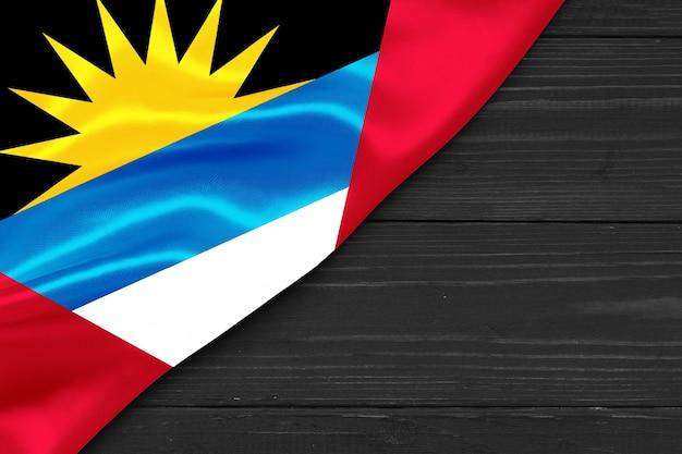 Bandiera di antigua e barbuda copia spazio