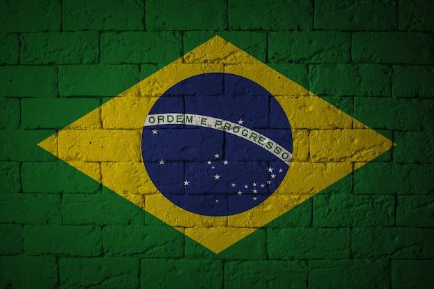 Bandiera con proporzioni originali. primo piano della bandiera del grunge del brasile