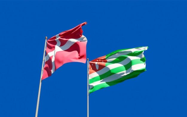 Bandiere di danimarca e abkhazia