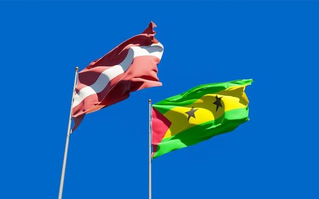 Bandiere di sao tome e principe e lettonia