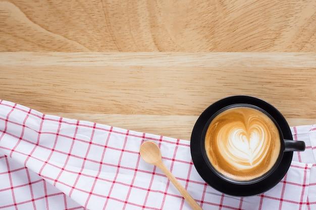 Latte piano di caffè
