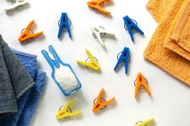 Disposizione piana degli articoli di lavanderia