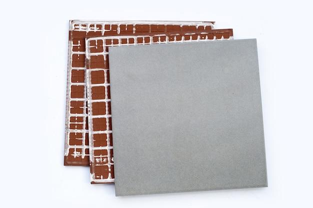Piastrelle per pavimenti su sfondo bianco