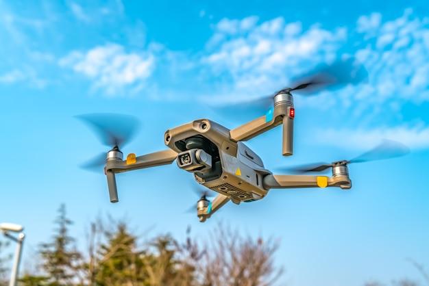 Droni volanti nel parco