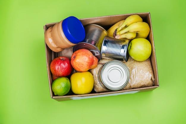 Scatola per donazioni alimentari, vari prodotti