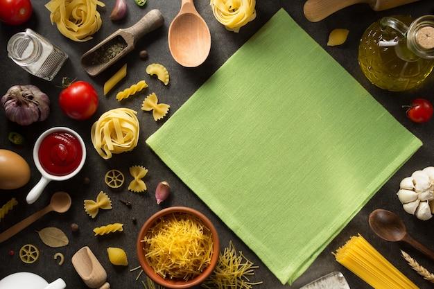 Ingrediente alimentare e spezie su oscurità