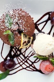 Concetto di dessert del ristorante gourmet di arte della fotografia di cibo