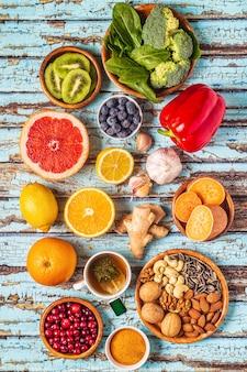 Alimenti che potenziano il sistema immunitario, vista dall'alto.