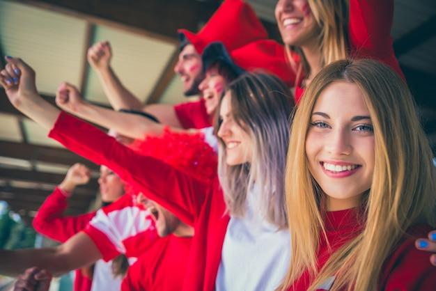 Appassionati di calcio allo stadio