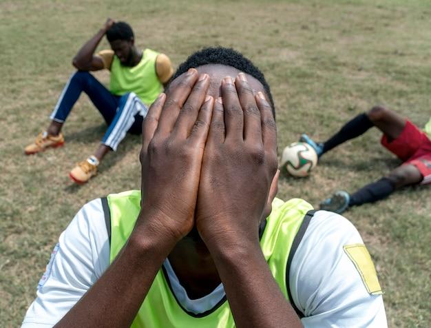 Squadra di calcio in pausa