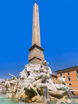 Fontana a piazza navona - piazza navona a roma, italy