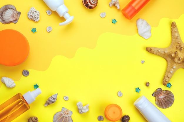 Cornice da creme solari. cosmetici naturali piatti laici, crema con spf. concetto prevenzione del fotoinvecchiamento