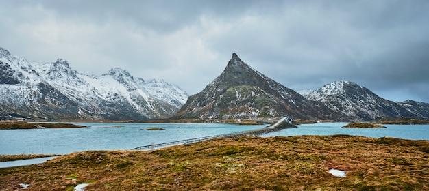 Ponti fredvang. isole lofoten, norvegia
