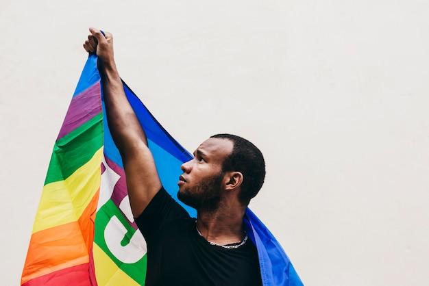 Libertà per i neri, per i neri. pace e amore. prosteta uomini neri.