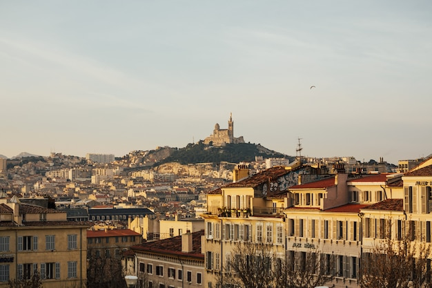 Città storica francese marsiglia e costa del mar mediterraneo.