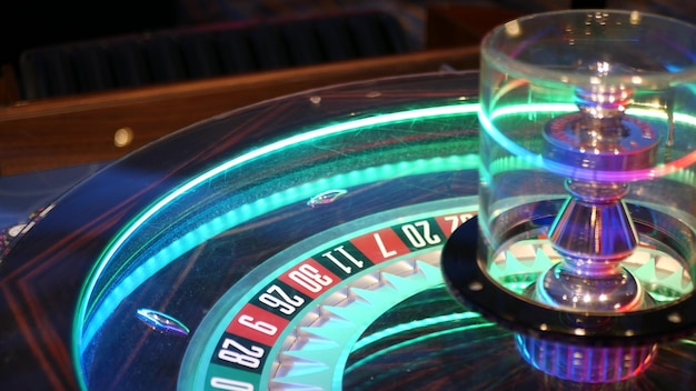 Tavolo da roulette in stile francese per giocare con soldi a las vegas