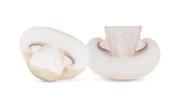 Funghi freschi del fungo prataiolo su fondo bianco