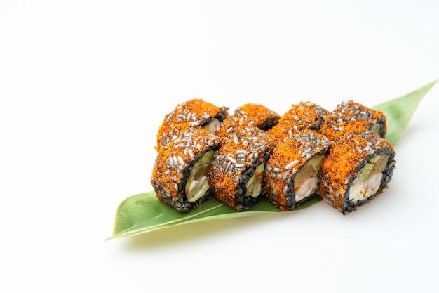 Cibo giapponese sushi fresco e delizioso. immagine del cibo giapponese.