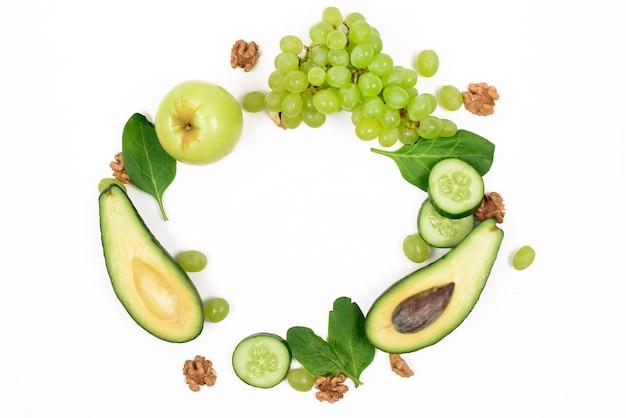 Cornice di cibo detox verde fresco