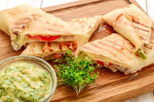 Panino fresco e sano della pita del panino di club