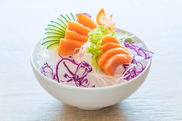 Sashimi di salmone fresco
