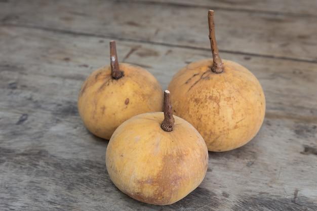 Frutta fresca santol