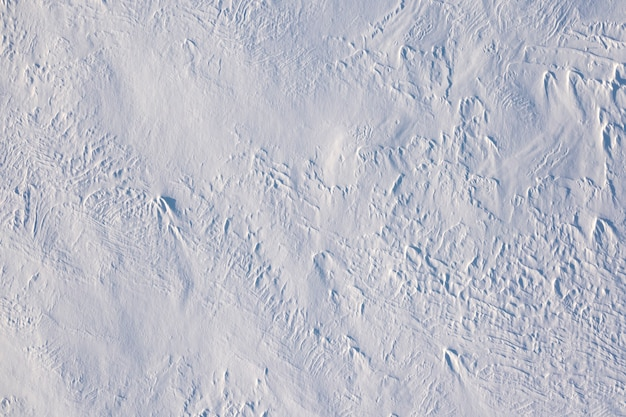 Neve fresca soffice soffice bianca, sfondo o texture.