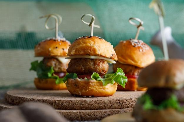 Hamburger freschi e deliziosi