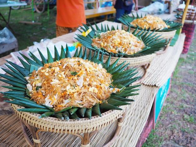 Stile thai noodle fritti