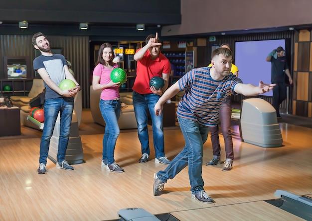 Amici a bowling