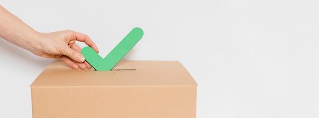 Vista frontale del concetto di voto elettorale