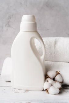 Detergente mock-up vista frontale