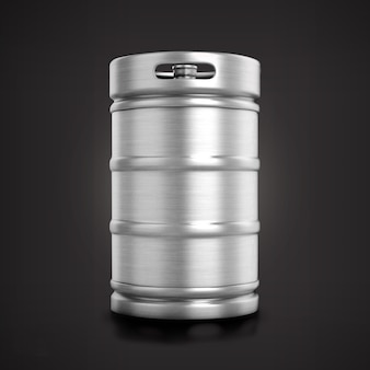 Barile di birra metallico lucido vista frontale isolato su sfondo opaco.