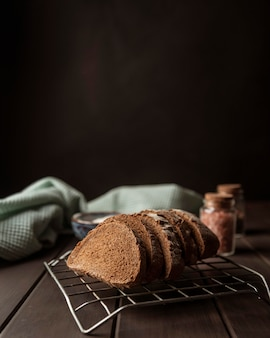 Fette di pane di vista frontale