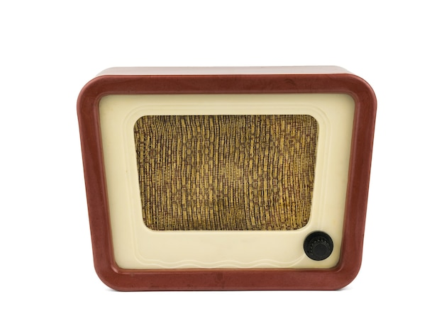 Vista frontale della radio vintage isolata su bianco b