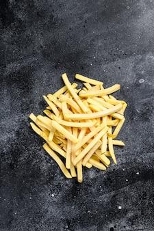Patate surgelate, patatine fritte, cibo in scatola