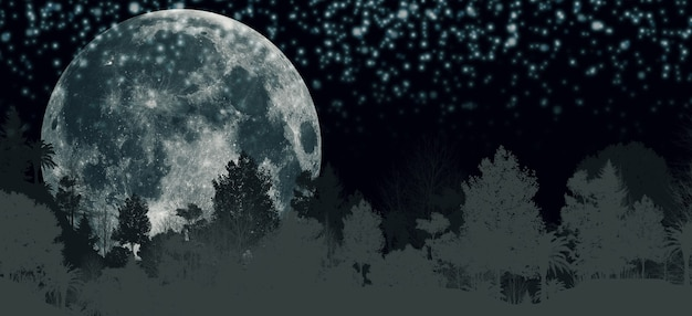 La luna piena nella foresta di notte montagne panoramiche alberi e luna