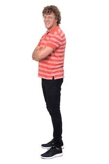 Ritratto completo di un uomo, vista laterale con capelli ricci