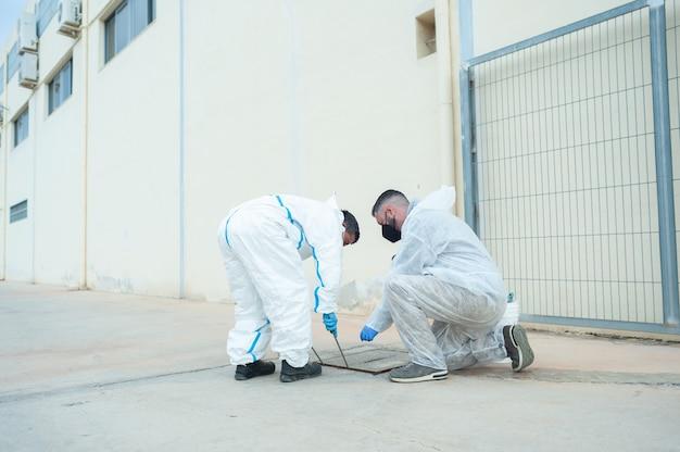 Fumigatore sanificante pulizia e disinfezione controllo professionale della pandemia di coronavirus