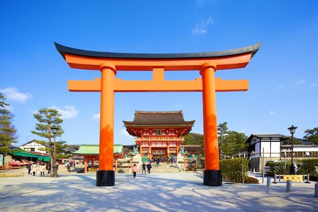 Santuario fushimi inari il 24 febbraio 2014 a kyoto, giappone.