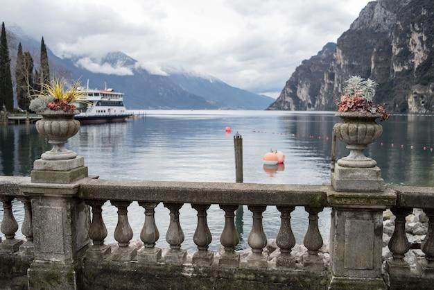 Lago alpino del garda