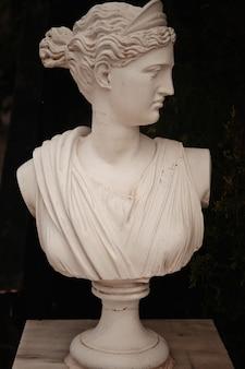 Statua da giardino in grecia, isola di zante