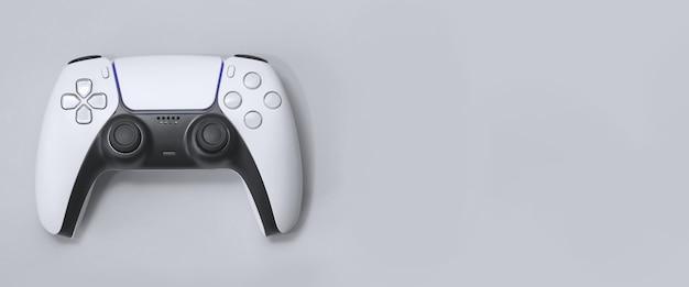 Controller di gioco next gen su sfondo bianco / grigio