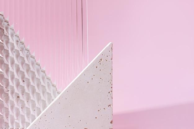 Figura geometrica in cemento e vetro su sfondo pastello. set moderno di vari materiali e forme geometriche.
