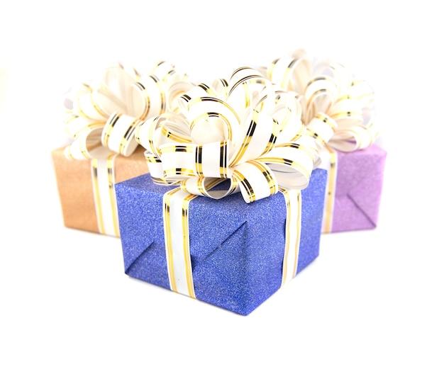 Confezione regalo su bianco